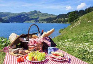 Unbeatable Mother's Day party activities is to plan a picnic for mom