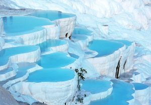 This is one of the amazing places on earth that look like alien planets