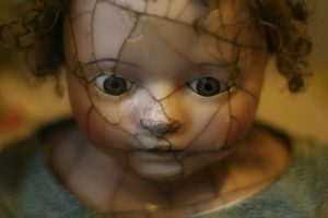creep spooky dolls horror stories