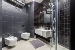 How to clean bathroom fast