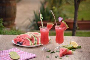 summer foods to stay healthy in the summer